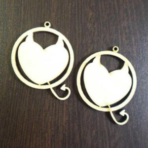 Kolczyki koła z serduszkiem z rogami K215 - 2853276558