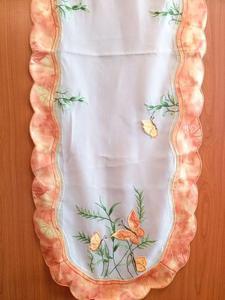 Obrus haftowany 45x110 kolorowe motyle Niska cena!!!