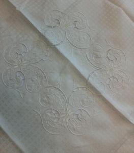 Obrus haftowany OR 85x85 kremowy w kwiaty ETK51271 LUX - 2849728788