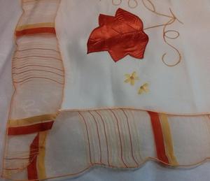 Obrus haftowany OR 110x160 06H-2624 kremowo pomarańczowy w liście - 2850338127