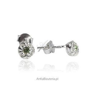 Kolczyki srebrne dla dziewczynek - Maleńkie zielone cyrkonie w kwiatku - 2835352199