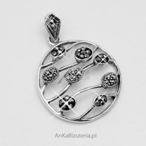Modny wisiorek srebrny z markazytami i hematytami - 2835352700