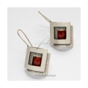 Wyjątkowa Biżuteria Srebrne Kolczyki z koralem - 2835353389