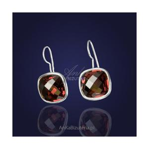 Kolczyki z kryształem Swarovski w kolorze CZERWONEGO WINA. - 2835352426