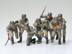 Figurki niemieckich żołnierzy Schutzstaffel SS - 2850352807
