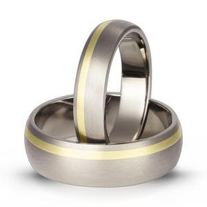 Obrączka z tytanu i zółtego złota TG 63 - 2824437803