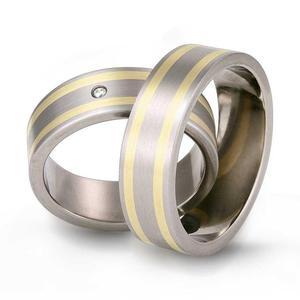 Obrączka z tytanu i żółtego złota TG31 - 2824437809