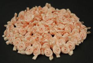 Różyczki atłasowe mini kremowo/kremowe x10