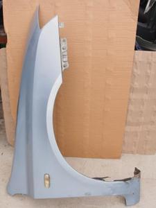 błotnik przedni prawy Fiat Stilo 3-drzwiowy lakier 823 - 2838523568