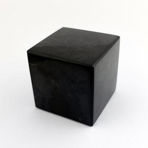 Szungit szlifowany - sześcian, odpromiennik (4 cm) - 2894569180