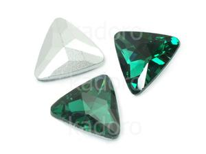 Szklany kamień fasetowany trójkąt Emerald F 18 mm - 1 sztuka - 2883268912