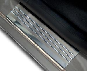 TOYOTA AURIS I 3D HATCHBACK 2007-2012 Nakładki progowe - stal + poliuretan [ 2szt ]