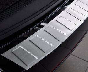 BMW 7 (F01) SEDAN od 2008 Nakładka na zderzak TRAPEZ Mat