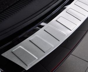 BMW X5 II FL (E70) od 2010 Nakładka na zderzak TRAPEZ Mat