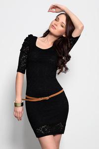 3932-3 Koronkowa sukienka z rękawem 3/4 + pasek - czarny - 1897957251