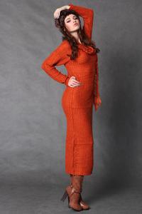 4117-3 Długa wełniana sukienka + szalik - pomarańczowy - 1897957328
