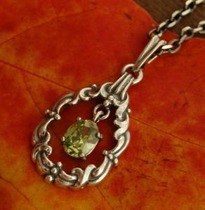 FILIPPA - srebrny wisiorek wisiorek z oliwinem - 2831093533