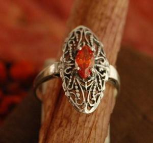 YESTE - srebrny pierścionek z granatem - 2831093729