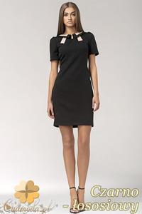 CM0553 NIFE S33 Sukienka z dwukolorowym kołnierzykiem i krawatką - czarno - łososiowa - 2832071734