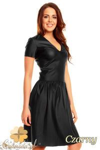 09fca71f82 CM1397 Skórzana rozkloszowana sukienka z dopasowaną górą - czarna -  2832074667