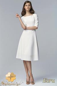 CM1457 Klasyczna kobieca sukienka lekko rozkloszowana z krótkim rękawem - ecru - 2832074848