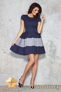 CM1472 Rozkloszowana sukienka damska z dopasowaną górą - granatowa - 2832074928