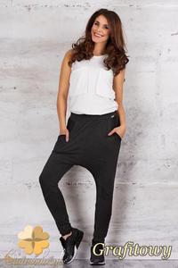 CM1680 Dresowe spodnie baggy z obniżonym krokiem - grafitowe - 2832075548