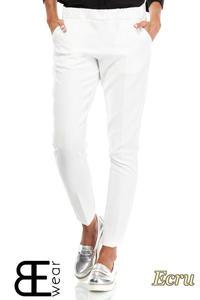 CM1863 Klasyczne eleganckie spodnie na kant - ecru - 2832075854