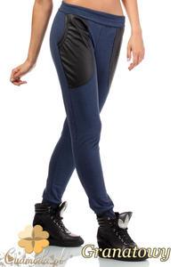 CM1843 Dresowe spodnie damskie ze skórzanymi kieszeniami - granatowe - 2832075931