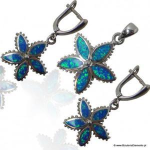 Komplet biżuterii kolczyki i wisiorek z niebieski opalem - 2822077652