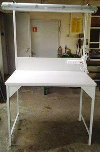 77156988 Stół montażowy + tablica z listwą zasilającą i oświetleniem (wymiary: 1200x700x960/2000 mm) - 2835276011