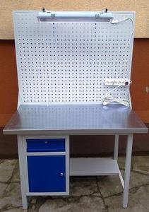77156997 Stół warsztatowy z szafką i szufladą + tablica z listwą zasilającą i oświetleniem (wymiary: 1200x700x900 mm) - 2835276020