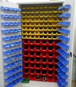77157261 Szafa narzędziowa z pojemnikami, 210 pojemników (wymiary: 2000x1000x500 mm) - 2835276284