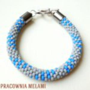 Bransoletka szara z odrobiną niebieskiego