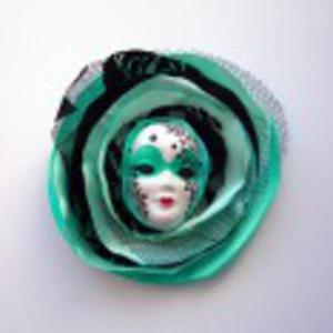 Miętowa Królowa - Kolekcja Masquerade broszka - 2880144898