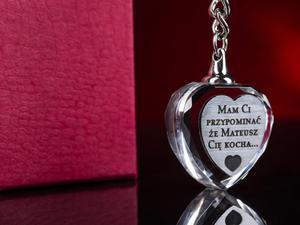 Grawerowany kryształowy brelok breloczek do kluczy serce + etui - 0231A - 2832956131