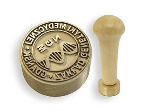 Stempel z mosiądzu - średnica 25mm głębokość graweru około 0,8mm - 2827300022