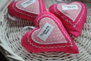Serduszka zawieszki różowe dla babci - 2837884562