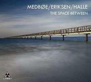 Space Between - 2840329814