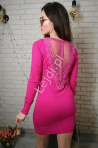 Różowa dzianinowa sukienka z tiulem na plecach S901 - 2838392828