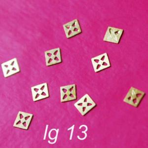 lg13 LOGOMANIA kwadraty z dziurkami - 2882064036