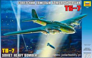 Zvezda 7291 TB-7 Soviet Heavy Bomber (1/72) - 2824111835