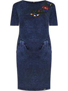 Sukienka z dzianiny Kamela, wiosenna kreacja z modną aplikacją. - 2852411546