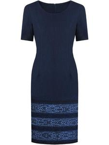 Żakardowa sukienka z modnym wzorem Belitta II, granatowa kreacja na jesień. - 2857849206