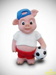 Świnka piłkarz skarbonka - figurka ceramiczna - 2848162363