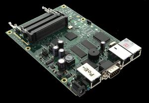 Router Board RB433/ CPU 300MHz/ 64MB RAM/ 3x LAN/ 3x mPCI/ Router OS L4 - 2837782332