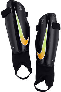 Ochraniacze piłkarskie Charge 2.0 Nike (czarno-żółte) - 2856759773