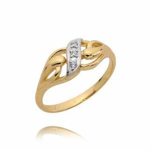 Zaręczynowy pierścionek z białymi cyrkoniami
