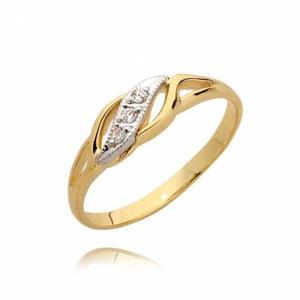 Zareczynowy pierścionek z cyrkoniami