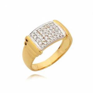 Złoty pierścionek z pięknymi cyrkoniami.